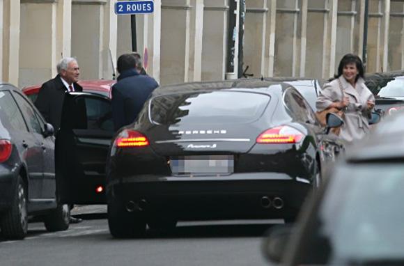 Porsche-Panamera-2.jpg