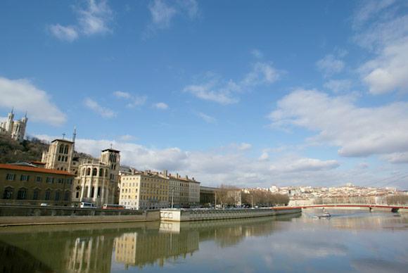 Lyon-au-fil-de-leau.jpg