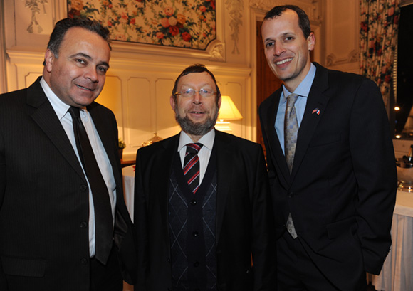 14. Denis Broliquier, maire du 2ème, Richard Wertenschlag, grand rabbin de Lyon et Mark Andrew Schapiro, consul des Etats-Unis