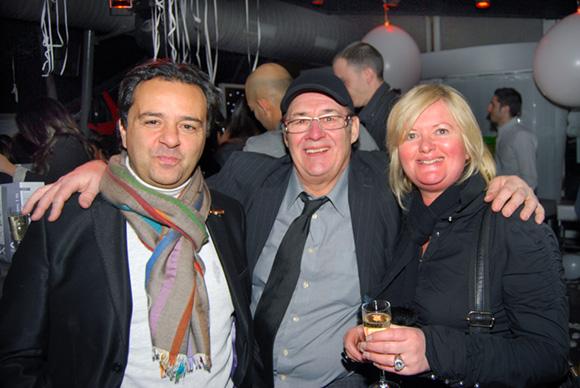 20. Le photographe Chris, Guy Bardel (Rhône Service Hôtellerie) et Pascale