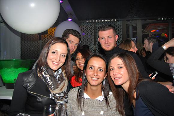 26. Laetitia, Fabien, Fabrice, Kim, Séverine et Karine