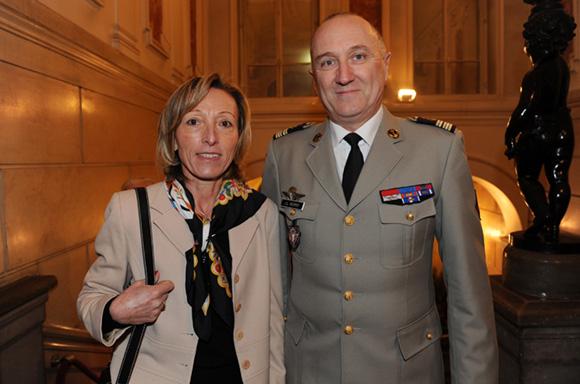 3. Le colonel Jean-Luc Auvray et son épouse Dominique