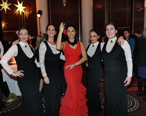 43. Marta, Paola et les danseuses de Flamenco
