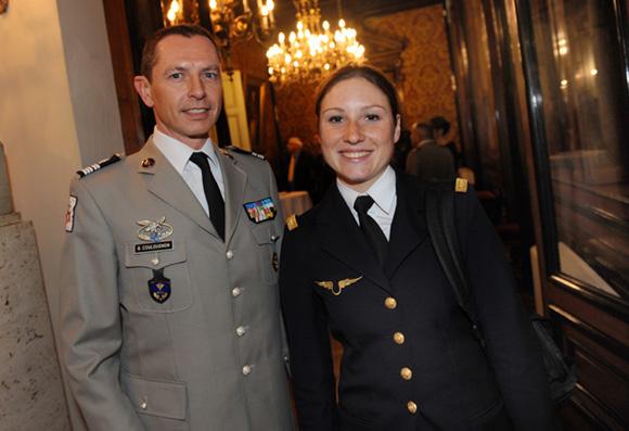 5. Le colonel Gilles Coulougnon et le lieutenant Héloïse Hablot