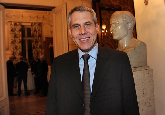 6. Le député Philippe Meunier