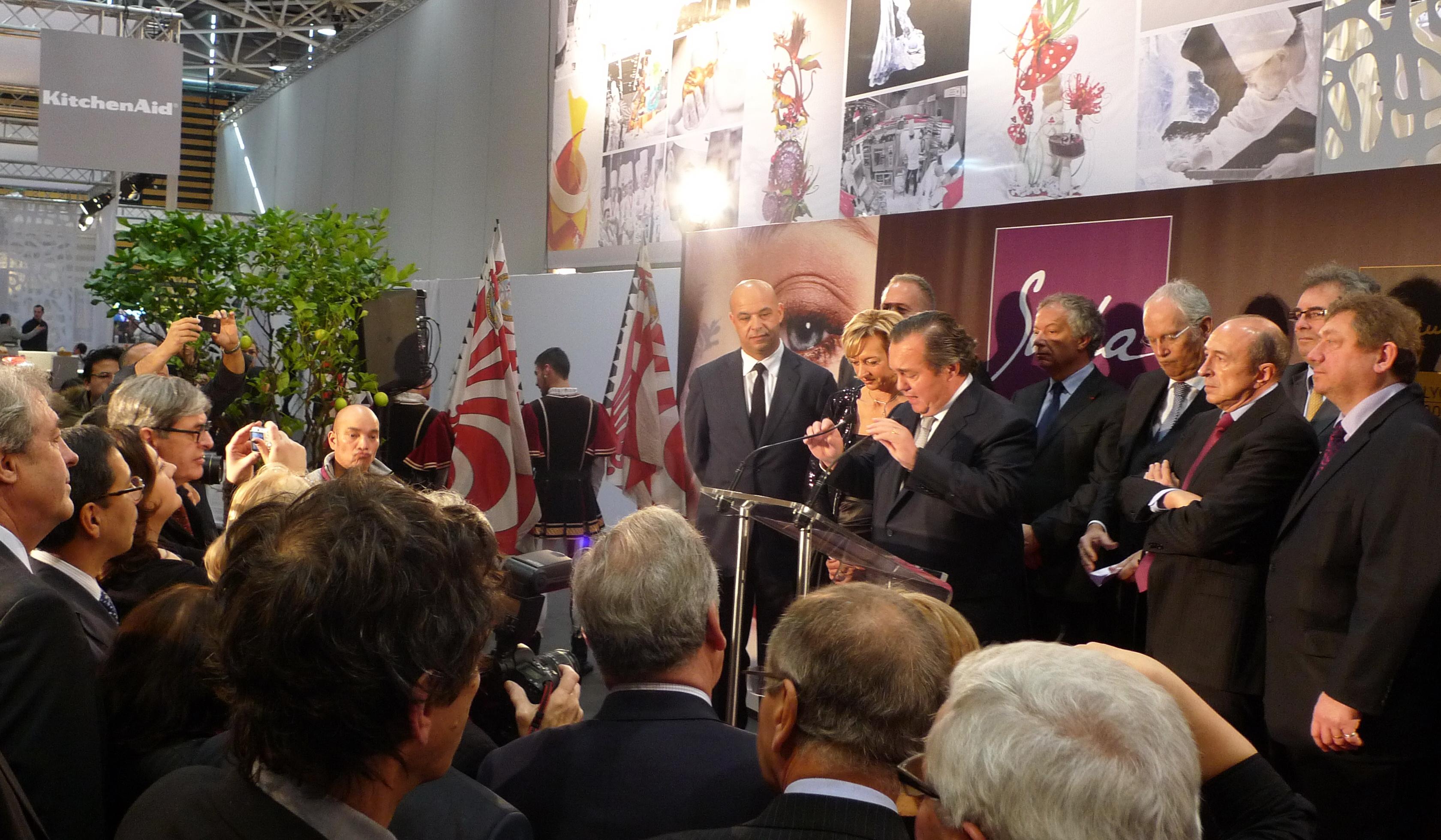 Inauguration du Sirah 2013. Olivier Ginon et Jérôme Bocuse main dans la main