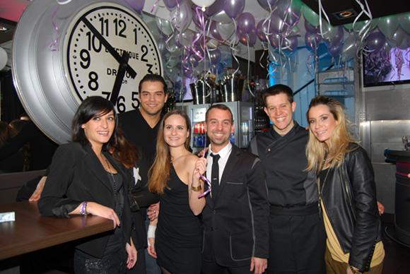 1. La DJ Mademoiselle Eva, Maxime Lavorel et son équipe, Johann, Scarlett, Marine, Aurélie et Flavien