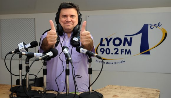 Radios locales. Ondes positives pour Lyon 1ere !