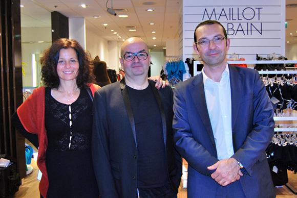 6. Marc, le styliste du Bureau de Styles entouré de Laurence et Mickael Voisin, directeur des ventes Darty