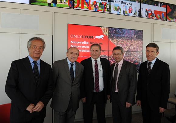 12. Philippe Grillot, président de la CCI de Lyon, Gérard Collomb, sénateur maire de Lyon, Daniel Martin (Département du Rhône), Lionel Flasseur (OnlyLyon) et Jacques de Chilly (Aderly-Invest In Lyon)