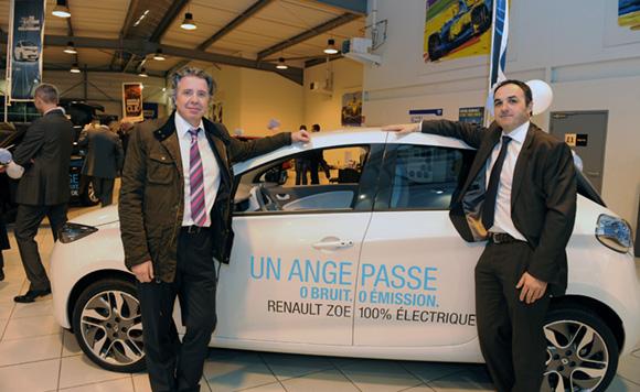 32. Dominique Guilluy et Stéphane Cartal (Direction régionale Renault)