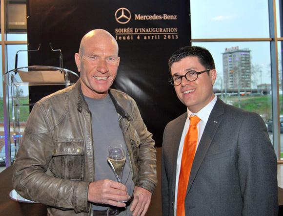 10. Le pilote automobile Gilles Vannelet et Frédéric Blanc (Directeur commercial, Mercedes-Benz & smart Lyon)