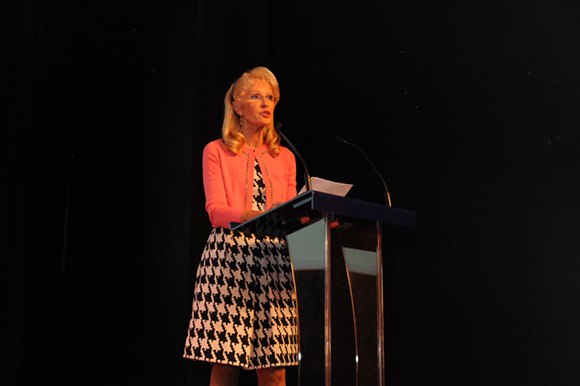 16. Simone Glacon, présidente du conseil de surveillance