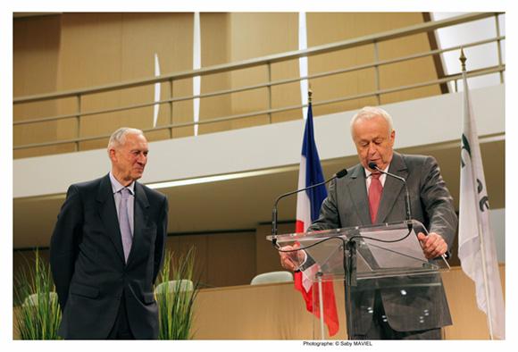 25. Bruno Lacroix et Alain Merieux