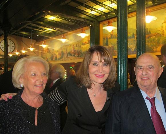 3. Raymone Carlut, Françoise Petit et Paul Bocuse