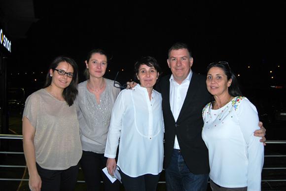 33. Nico (Lyon People), Christelle Cimetière (Agence EMC) et son équipe