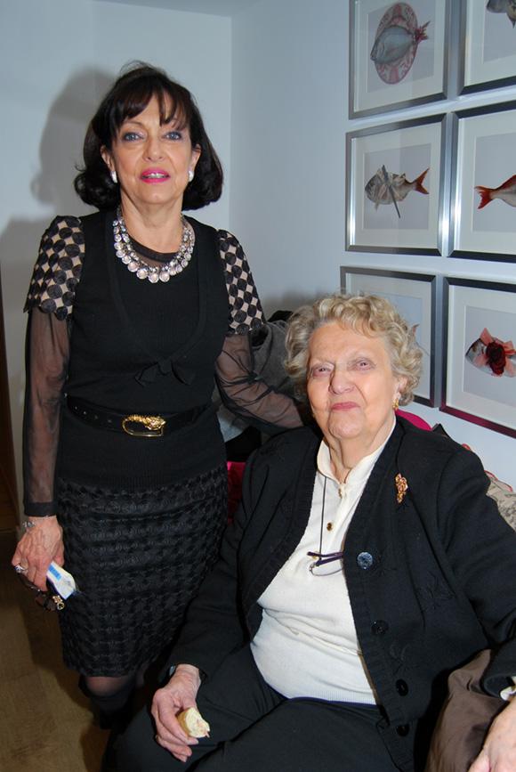 9. Marceline Perrin et Marie-Blanche Le Curieux-Belfond (mère et grand-mère de Stéphanie Vander Gucht, responsable du magasin Nice Things)