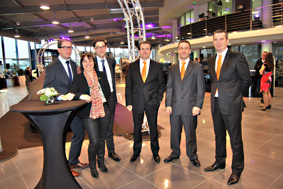 9. Hubert Mardon, Delphine Gonin (smart Lyon), Rémy de Kervenoael, Jean-Michel Druere (Mercedes Villefranche), Christophe Carrougeaux et Laurent Di Pietra.