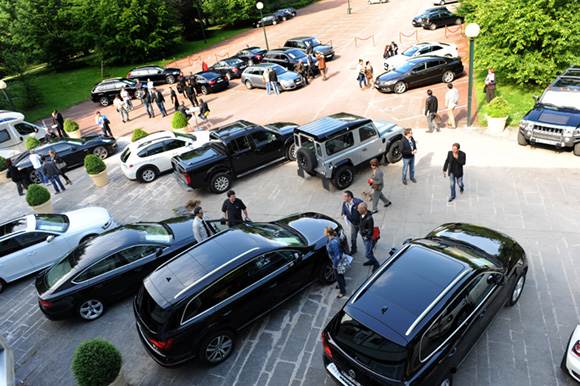 vente de prestige chez anaf auto auction plus d 1 million d euros de produit. Black Bedroom Furniture Sets. Home Design Ideas