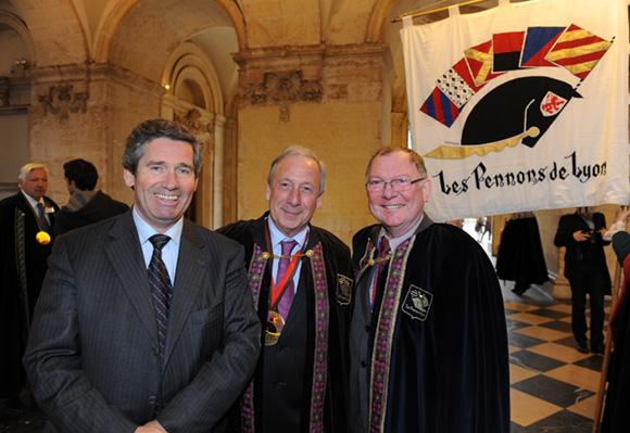 12. Henri Junique, Jean-Loup Fleuret et Michel Faillettaz, consul général de Suisse