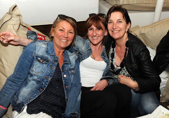 16. Isabelle, Aline et Véronique