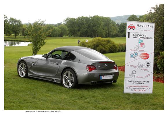 32. Un magnifique Z4 coupé M, véhicule présenté parmi d'autres par le sponsor