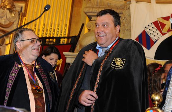 34. Bruno Vernay prête serment sur la charte sapaudine