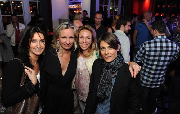 39. Laurence, Ann, Marnie et Sabine