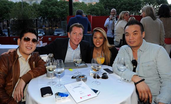 9. Michel, Jean-Pierre, Lily Kai et Sutak