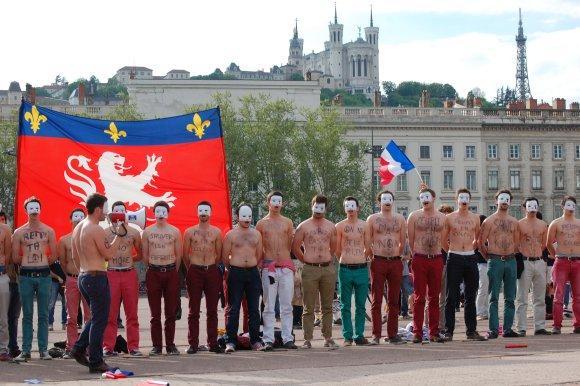 Mariage pour tous. 20 000 opposants ont manifesté dimanche à Lyon