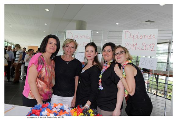 1. Emma, Laurence, Vanille, Léa et Marie (Idrac)