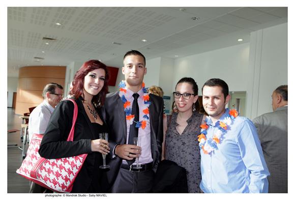 7. Laëtitia Faustino (Orange), Sébastien Berthaud, promo MNI 2010 (Covidien France), Judith Benguigui (Education Nationale) et Raphaël Rauzada, promo 2010 (Pôle Emploi)