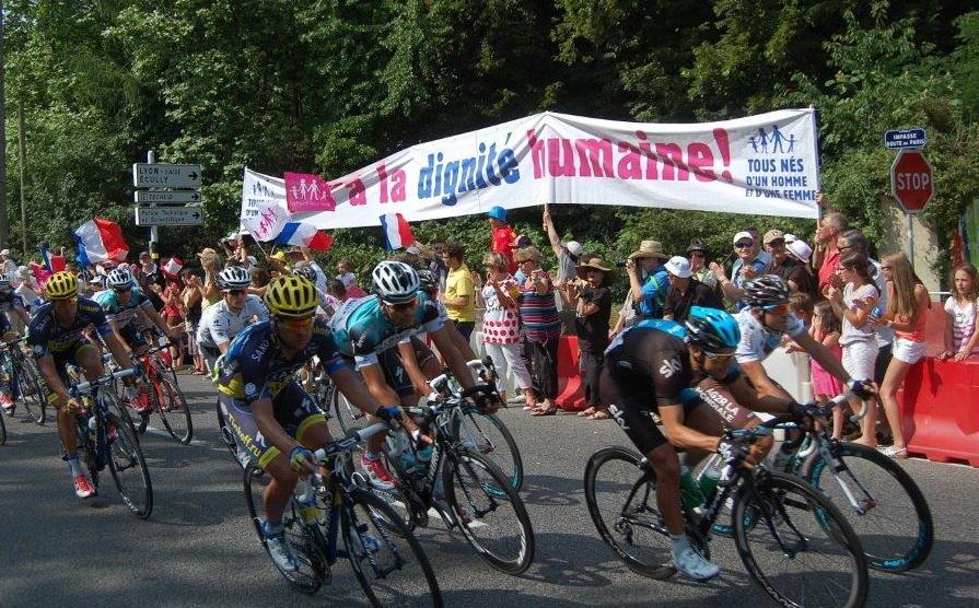 Tour de France. Les opposants au mariage gay dans la course