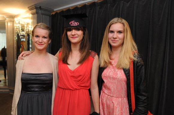 10. Les 3 sœurs Brochier : Camille, Clémentine et Philippine