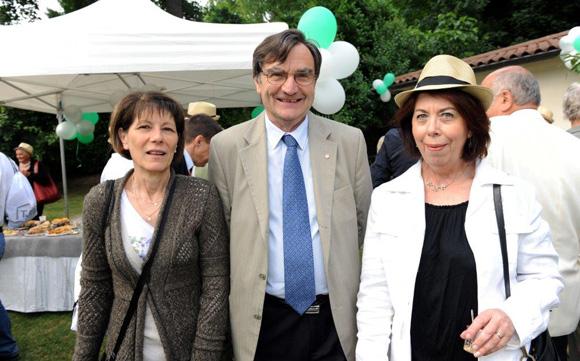 12. Maryvonne Poizat, André Glerean, maire de Fontaines-Saint-Martin et Nicole Bamiere (Mairie de Rochetaillée-sur-Saône)