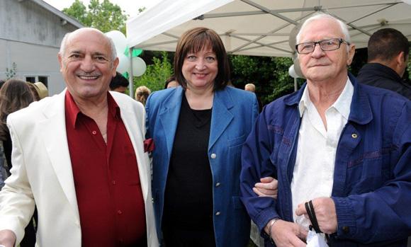 13. Spasoje Krivokabic, Rita Spiteri, maire de Rochetaillée-sur-Saône et Milan Antique, président de Radnik à Oullins