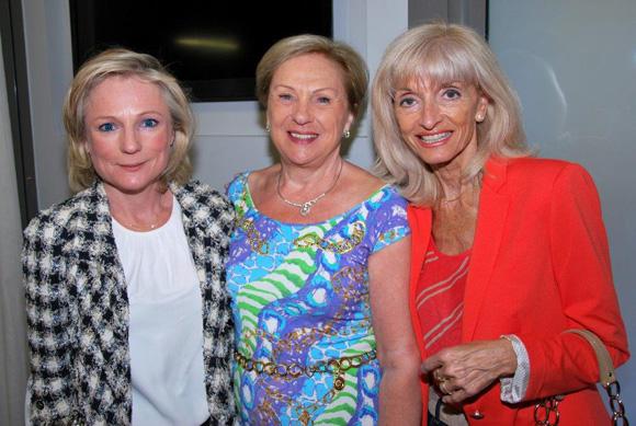 36. Nathalie Malher, Marie Briet et Marie-Annick Berube (Boutique Dior)