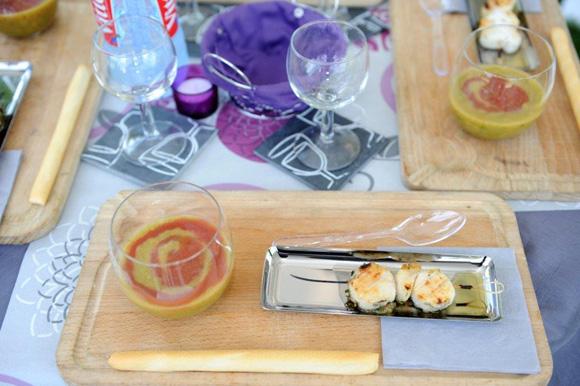 3. Sur le stand Elleixir, gaspacho glacé de tomates & courgettes, Saint Jacques rôties au barbecue