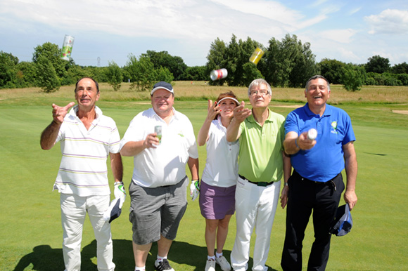 40. Jacques Gauge, Jean-Pierre Alibert, Lyudmila, son époux Christian Keller et Jean-Charles Chouraqui