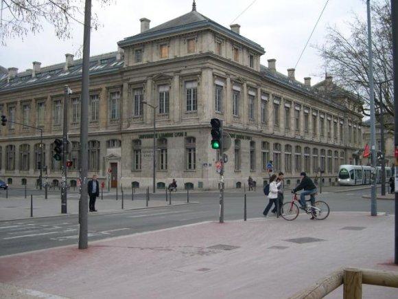 L'Université Lyon 2 touchée par une affaire de faux diplômes