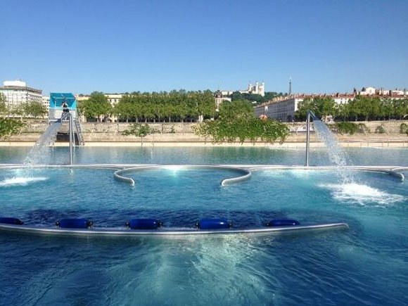 Semi-lifting pour la piscine du Rhône