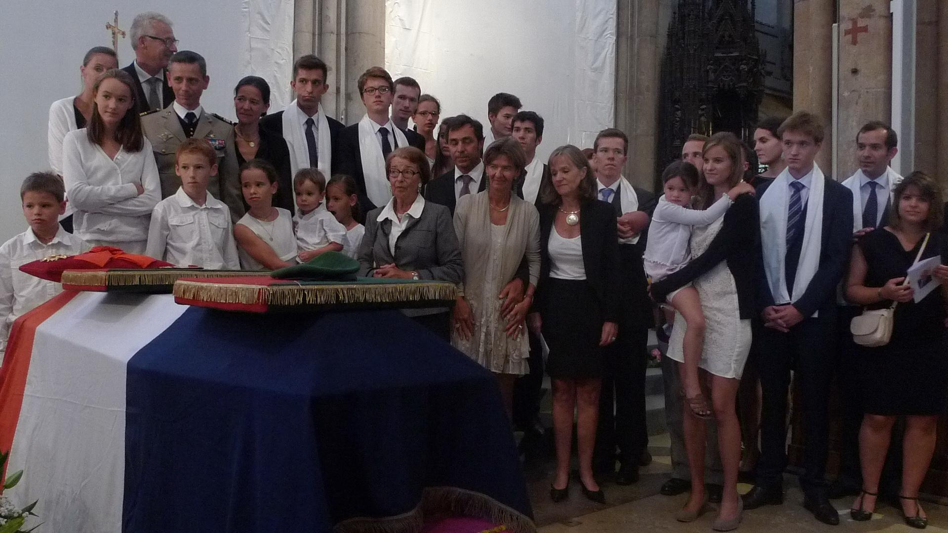 En direct de St-Jean. Les obsèques d'Hélie Denoix de Saint-Marc