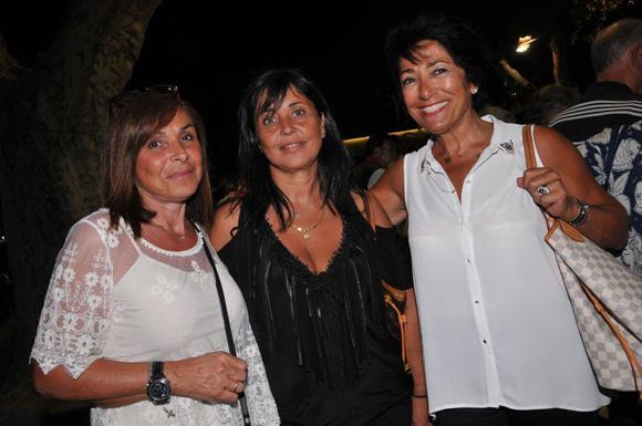 32. Nadine, Sylvie et Monique