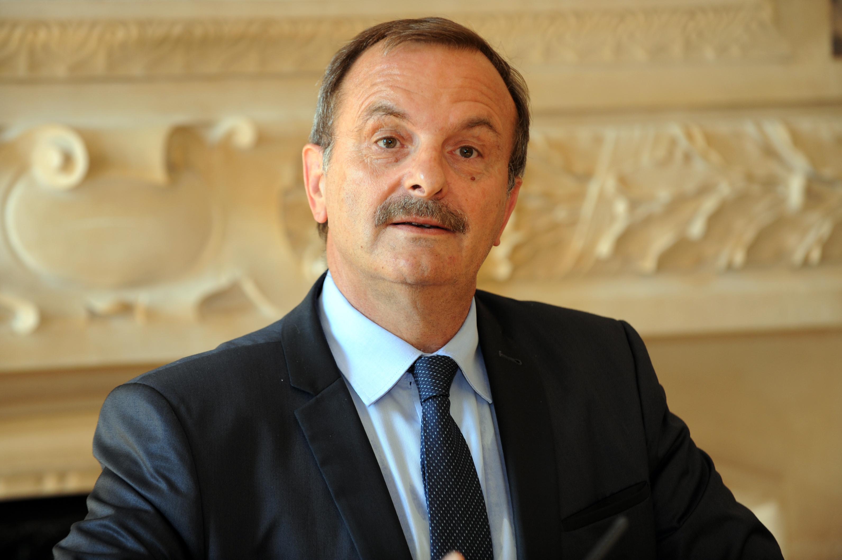 Jean-François Carenco. Le préfet-marathonien de Kem One