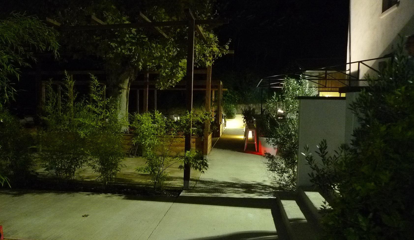 Albigny alain bretton nous offre enfin le clos et le for Jardin couvert lyon