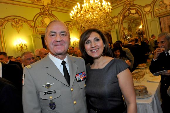 22. Le général Martial de Braquilanges, gouverneur militaire de Lyon et Nora Berra, député européen