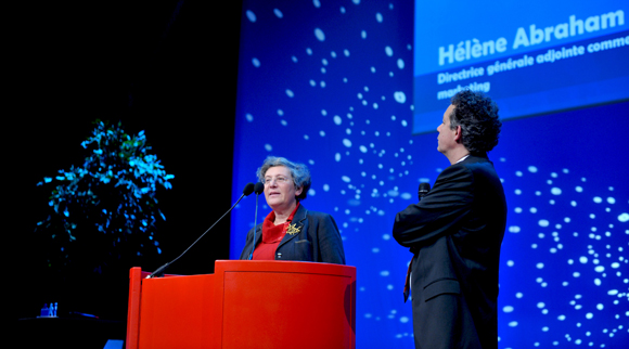 2. Hélène Abraham