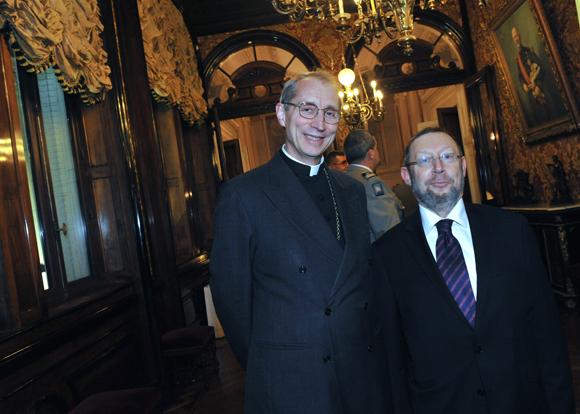 31. Monseigneur Patrick Legal, évêque auxiliaire de Lyon et Richard Wertenschlag, grand rabbin de Lyon