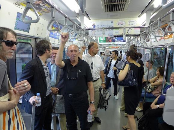 Municipales 2014. Un métro de retard pour Gérard Collomb