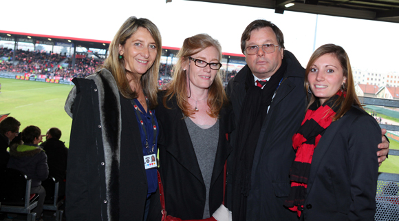 26. Catherine Arbaud (LOU Rugby), Virginie Plaza, directrice de Nissan Groupe Bernard, Franck Isaac-Sibille et Laure Casanova (LOU Rugby)
